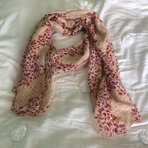 "Accessories - Red and peach animal print scarf 68""x21"""